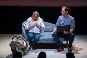 Le théâtre Périscope présente la pièce Baby-sitter
